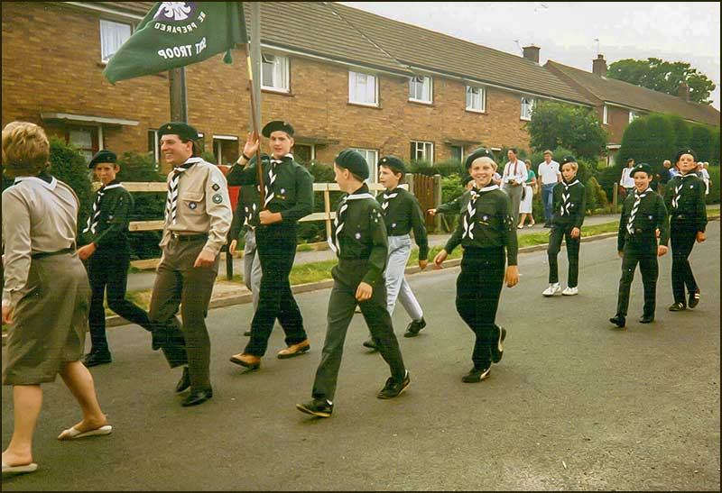 Scouts on parade on Hoe View Road in 1989